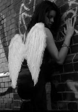 http://romanticcollection.ru/img/story/vospomin_pad_angela.jpg